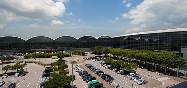 hong-kong-international-airport-exterior
