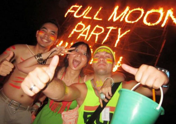 full moon party people