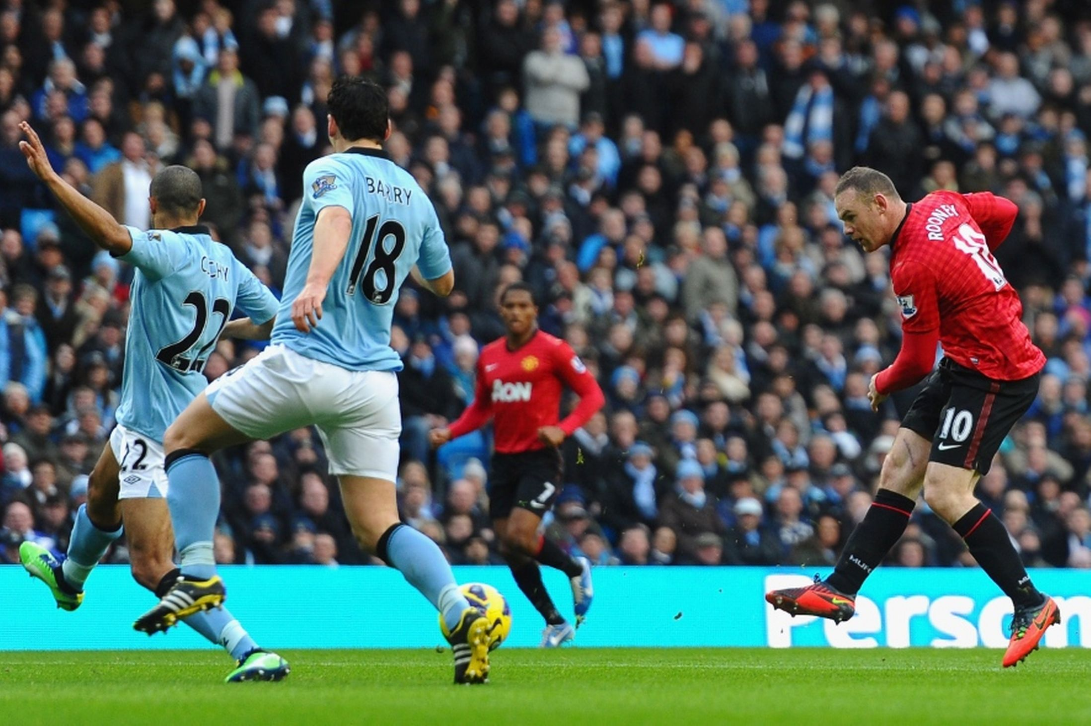Manchester-City-vs-rooney-Manchester-United-