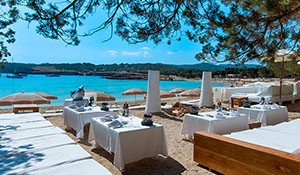 Beach Club Cala Bassa